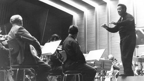Dean Dixon mit hr-Sinfonieorchester